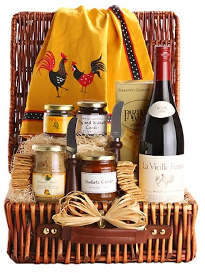 French Country Picnic Wine Basket image