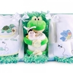 'Cute as can Bee' Frog and Friends Gift Set