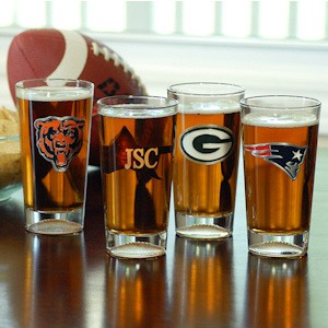 Personalized NFL Pint Glasses - NFC Teams imagerjs