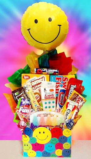 Retro Candy Smiley Basket imagerjs