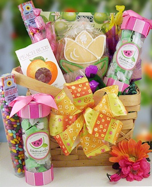 Moms Candy and Cookies Gift Basket imagerjs