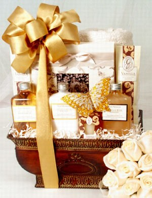 Celebration Couples Spa Gift Set image