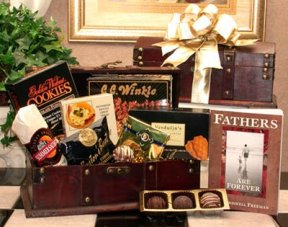 Father's Favorites Treasure Chest imagerjs