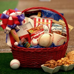 Baseball Fan Gift Basket imagerjs