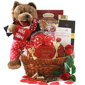 Wild Thing Singing Valentine Gift Basket imagerjs