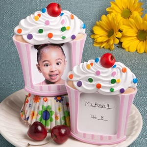 Pink Cupcake Place Card Holder/Picture Frames imagerjs