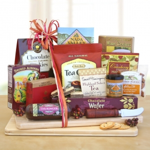 Deluxe Cheese & Snack Board imagerjs