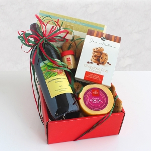 California Delicious Classic Wine and Cheese Gift imagerjs