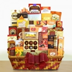 Grand Gathering Gourmet Gift Basket