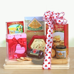 Valentine Cheeseboard Picnic imagerjs