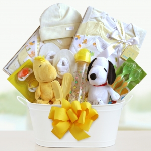 Peanuts Baby Welcome Gift Basket imagerjs