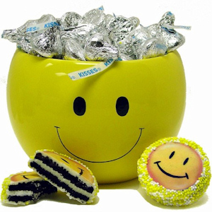 Smiles & Kisses Ceramic Gift Jar imagerjs