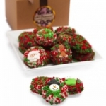 Christmas Chocolate-Covered Oreo Gift Box