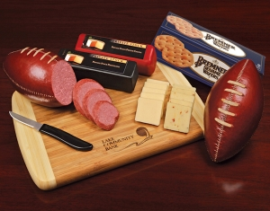 Super Tailgater Gift with Logo Cheeseboard imagerjs