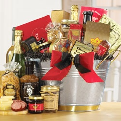 North Carolina Gourmet Gift Bucket imagerjs