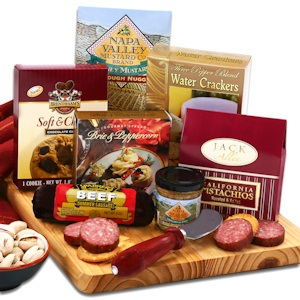 Holiday Cutting Board Gift Set imagerjs
