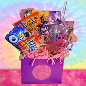 Sweet 16 Candy Basket imagerjs
