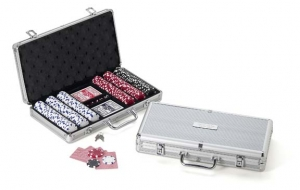 Poker Chip Set with Engraved Case imagerjs