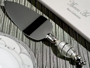Art Deco Silver and Black Cake Server Favors image