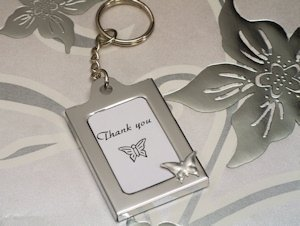 Butterfly Design Photo Frame Key Chain Favors image