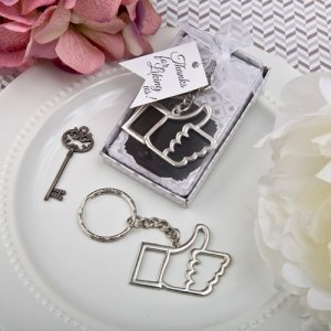 Like for Love' Thumbs Up Key Chain Favors image