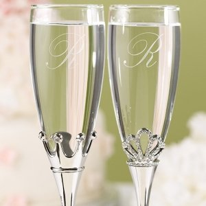 King and Queen Toasting Flutes image