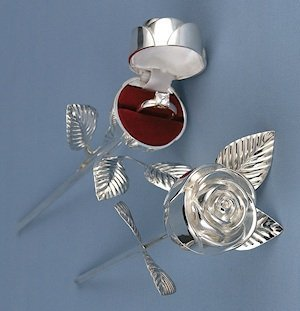 Silver Plated Rose Ring Box image