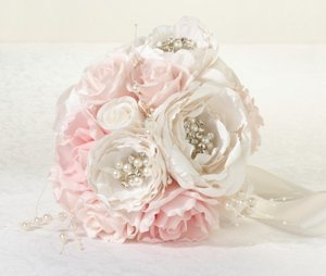 Chic & Shabby Bouquet image