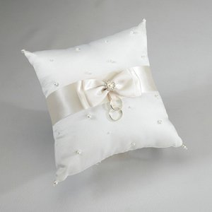 Scattered Pearl Ivory Ring Bearer Pillow image