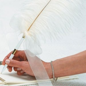 White Plume Pen with Decorative Sculptured Base image
