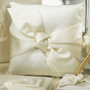 Beverly Clark Tie the Knot Collection Ring Pillow image