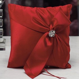 Beverly Clark Monroe Collection Ring Pillow image