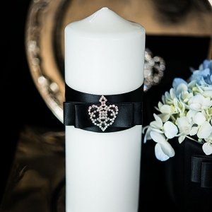 Beverly Clark Crowned Jewel Unity Candle (3 Colors) image
