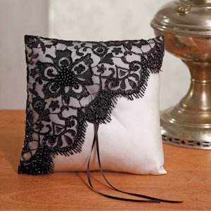 Beverly Clark Gala Collection Ring Pillow image