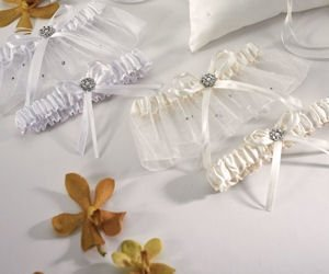 Crystal and Pearl Two Piece Garter Set - Ivory image