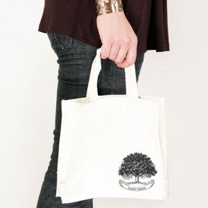 Family Oak Tree Personalized Tote Bags (2 Sizes) image