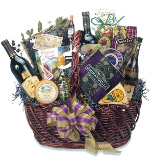 Napa Valley Splendor Wine Gift Basket image