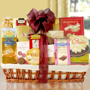 The Large Crowd Pleaser Gift Basket imagerjs
