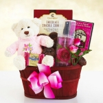 Moms Hugs and Chocolate Gift Basket