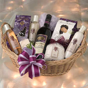 Relaxation Spa & Wine Basket image