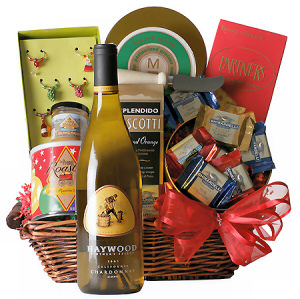 California Wine Sampler Basket image