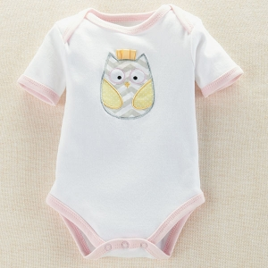 'Whooo's the Cutest' Baby Owl Bodysuit imagerjs