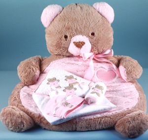 Baby Bear Mat and Layette Gift Set imagerjs