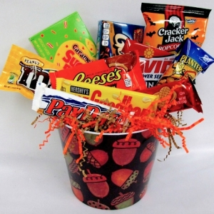 Autumn Delight Candy Gift Basket imagerjs