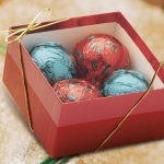 Red & Green Chocolate Ornament Gift Box (Case of 6)