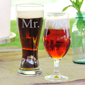 Mr. and Mrs. Pilsner Set imagerjs