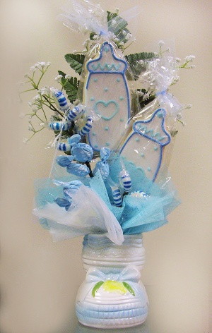 Baby Bootie Cookie & Candy Bouquet image