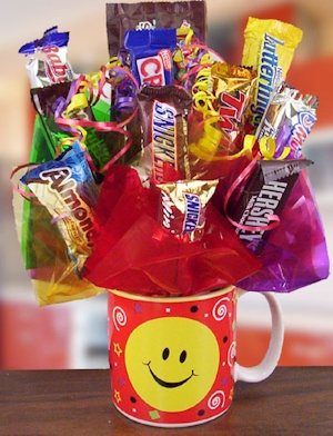 Smiley Mug Candy Bouquet imagerjs