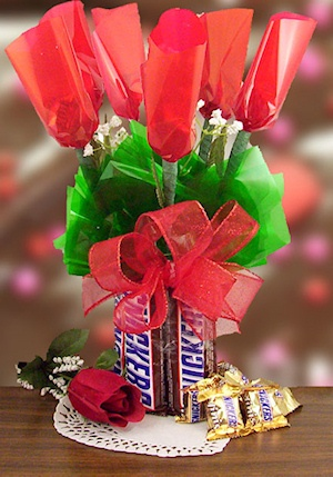 Snickers Lovers Rose Bouquet imagerjs