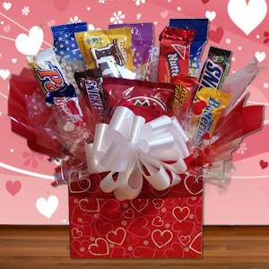 Nuts About You Valentine Snack Box imagerjs